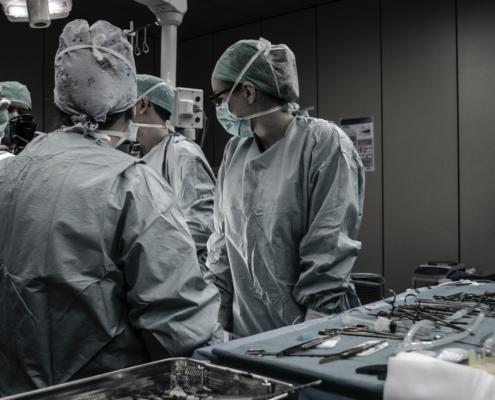 interventi all'anca e al ginocchio coronavirus